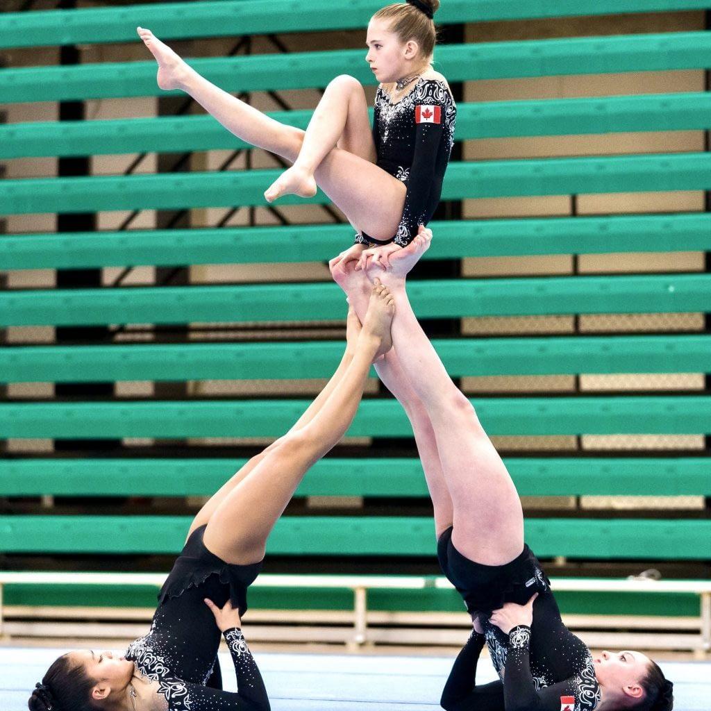 acro womens trio baby teepee skill
