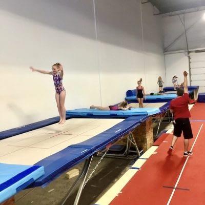 trampoline athletes 600x600